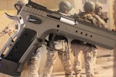 Pistols_2