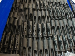 Bolt carriers_1