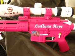 Tactical Ar-15 in pink and white_4